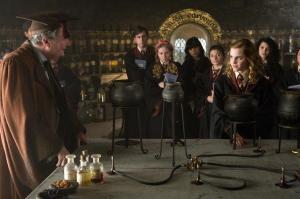 hr_harry_potter_and_the_half-blood_prince_31